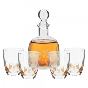 Fifth Avenue Simone White and Gold Crystal 5 Piece Elegant Decorative Whiskey Decanter Set Ornate Top Lead Free Glass with 4 Glasses for Wine, Bourbon, Brandy and Liquor – Makes For an Ideal Gift